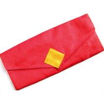 Pudzsa könyv tartó tibeti módra piros brokátból, vászonnal bélelve