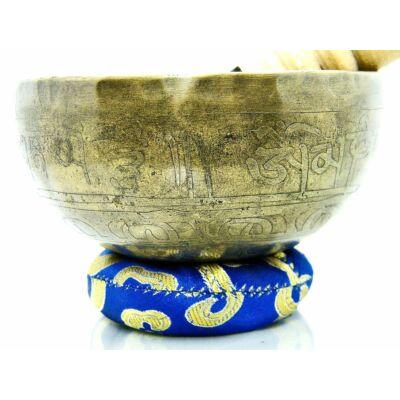 428-grammos-tibeti-mantras-hangtal-7-fembol-keszult-kek-brokattal