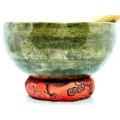 625-grammos-tibeti-mantras-hangtal-7-fembol-keszult-piros-brokattal