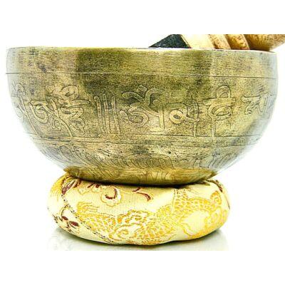 406-grammos-tibeti-mantras-hangtal-7-fembol-keszult-sarga-brokattal