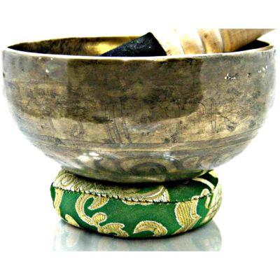319-grammos-tibeti-mantras-hangtal-7-fembol-keszult-zöld-brokattal