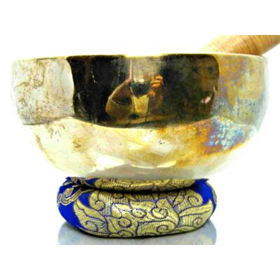 686-grammos-7-femes-tibeti-hangtal-kek-brokattal