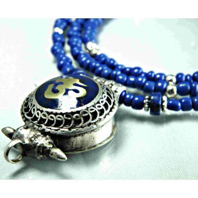 lápisz-lazuli-gao-om-nyaklanccal