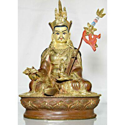 guru-rinpoche-szobor-tibeti-oltarra