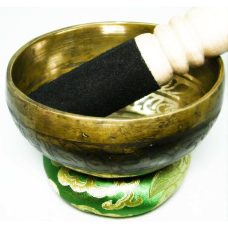 337-gramm-tibeti-mantras-zold-brokattal