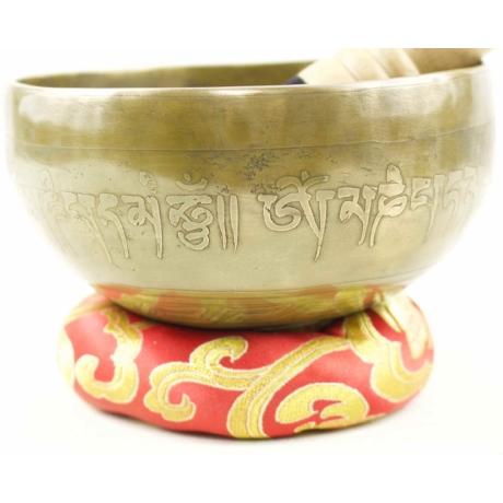 391-gramm-tibeti-mantras-hangtal-piros-brokattal
