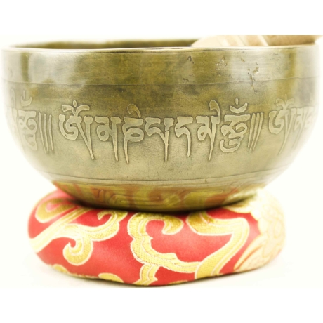 414-gramm-tibeti-mantras-hangtal-piros-brokattal