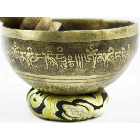 385-gramm-tibeti-mantras-hangtal-fekete-brokattal