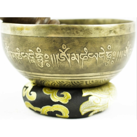 525-gramm-tibeti-mantras-hangtal-fekete-brokattal
