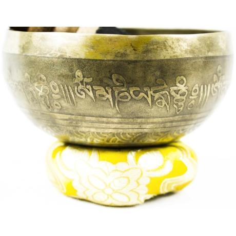 275-gramm-tibeti-mantras-hangtal-sarga-brokattal