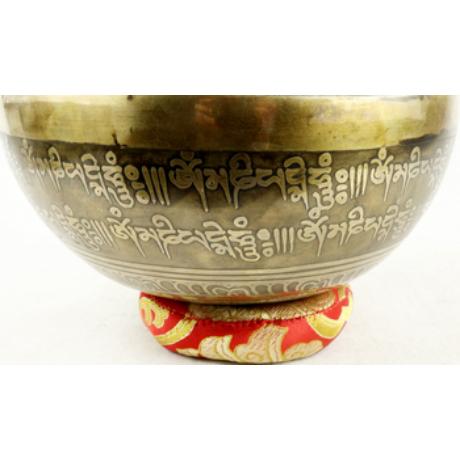 943-gramm-tibeti-mantras-hangtal-piros-tara-gravirozassal