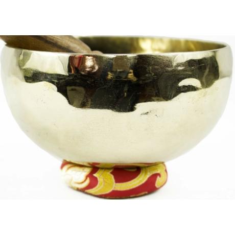 750-grammos-7-femes-tibeti-hangtal-piros-brokattal